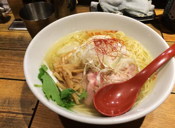 麺屋翔 新宿西口店