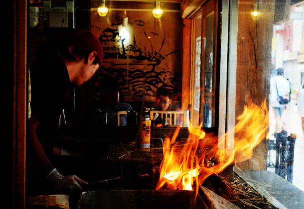 高知 藁焼き鰹のたたき 明神丸