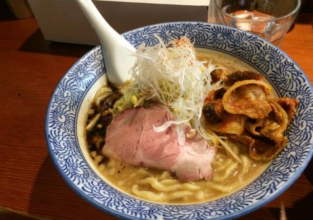 麺処ほん田大晦日スペシャル味噌ラーメン