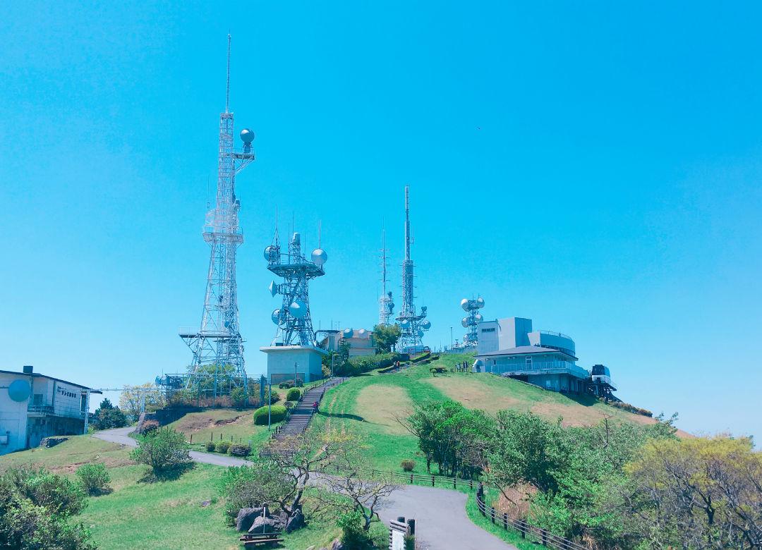 北九州「皿倉山」の電波塔
