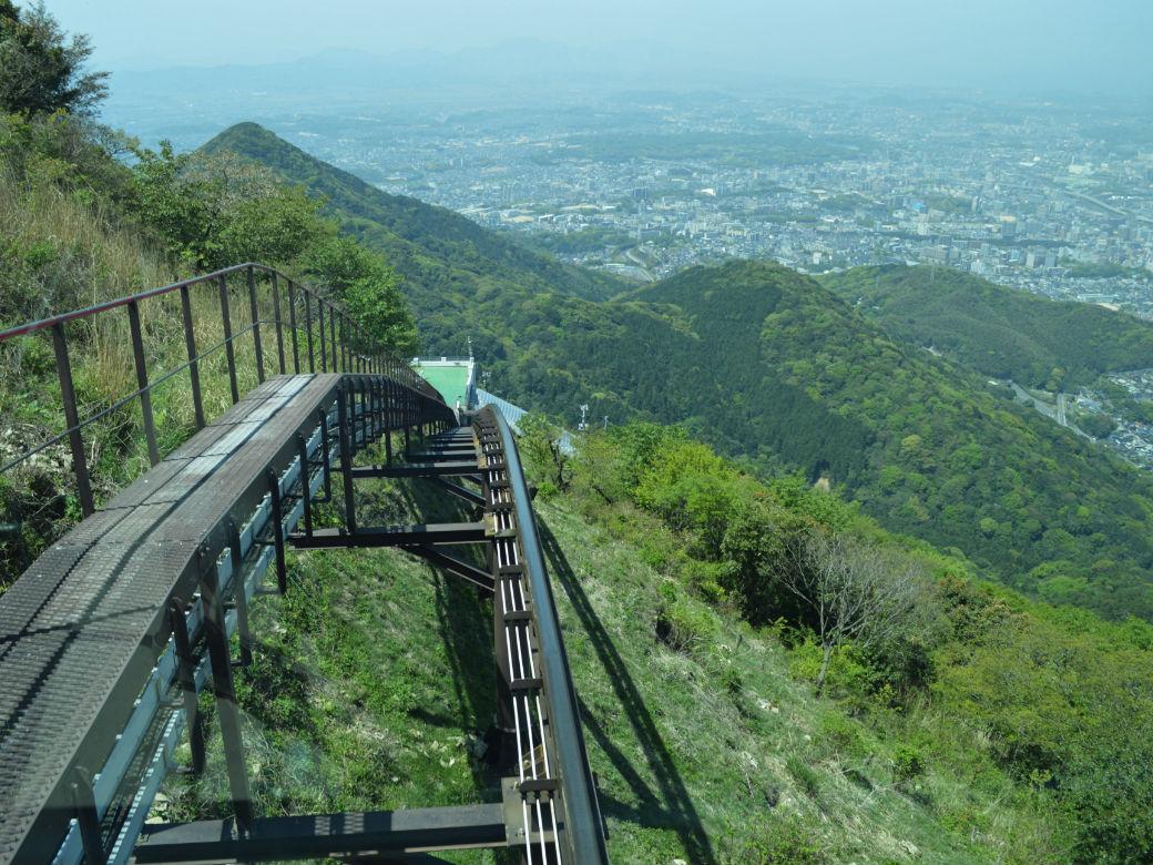 皿倉山スロープカーの線路