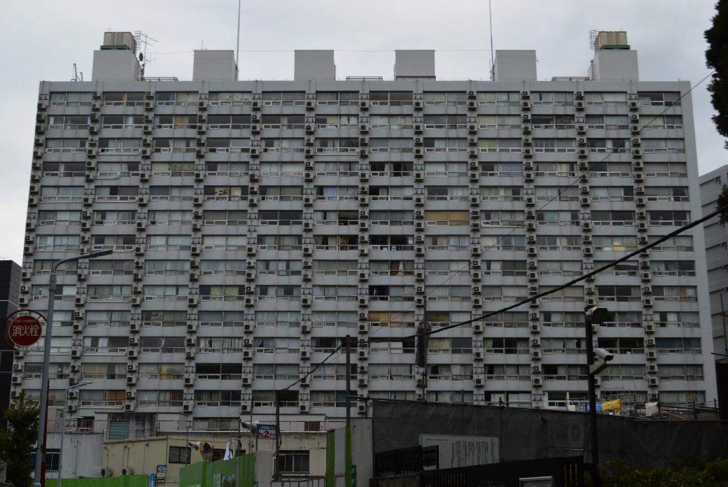 湯島ハイタウンは室外機マニアの聖地とも呼ばれている
