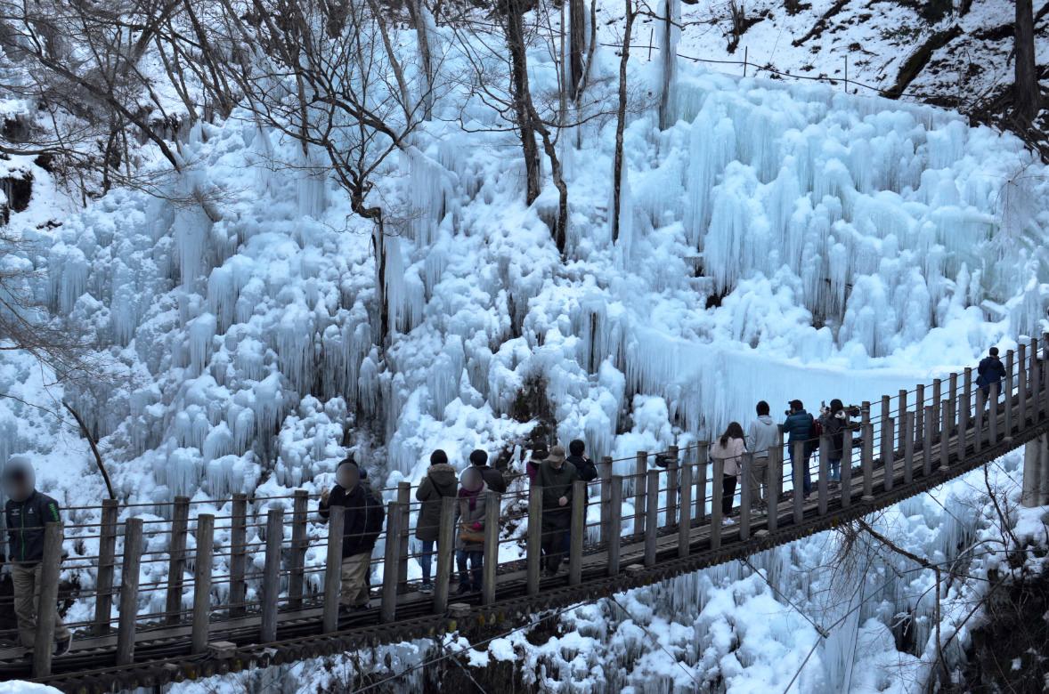 尾ノ内百景と氷柱