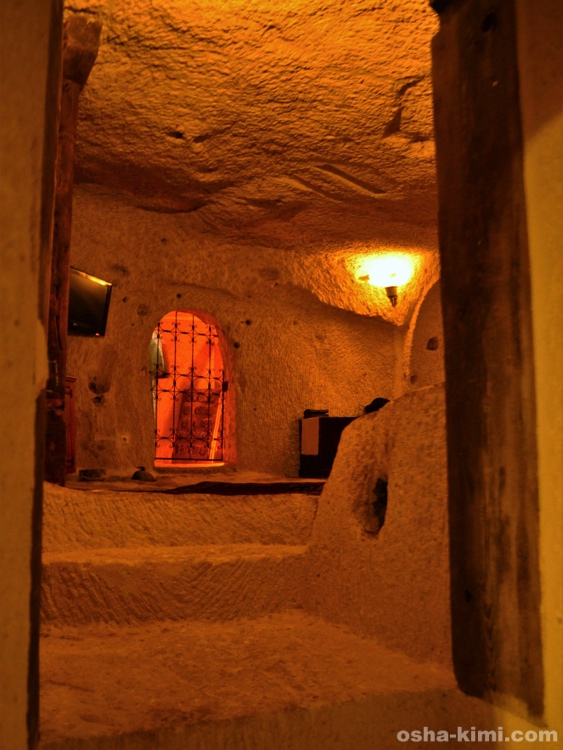 ギョレメの洞窟ホテル「フェアリーチムニースイート」の室内