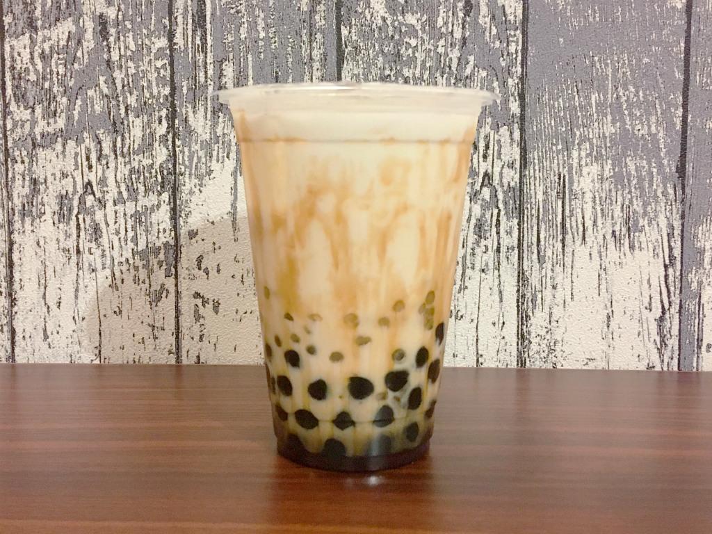 東十条にあるカフェ「台湾CHA苑」で黒糖ラテ(タピオカ入り)を購入