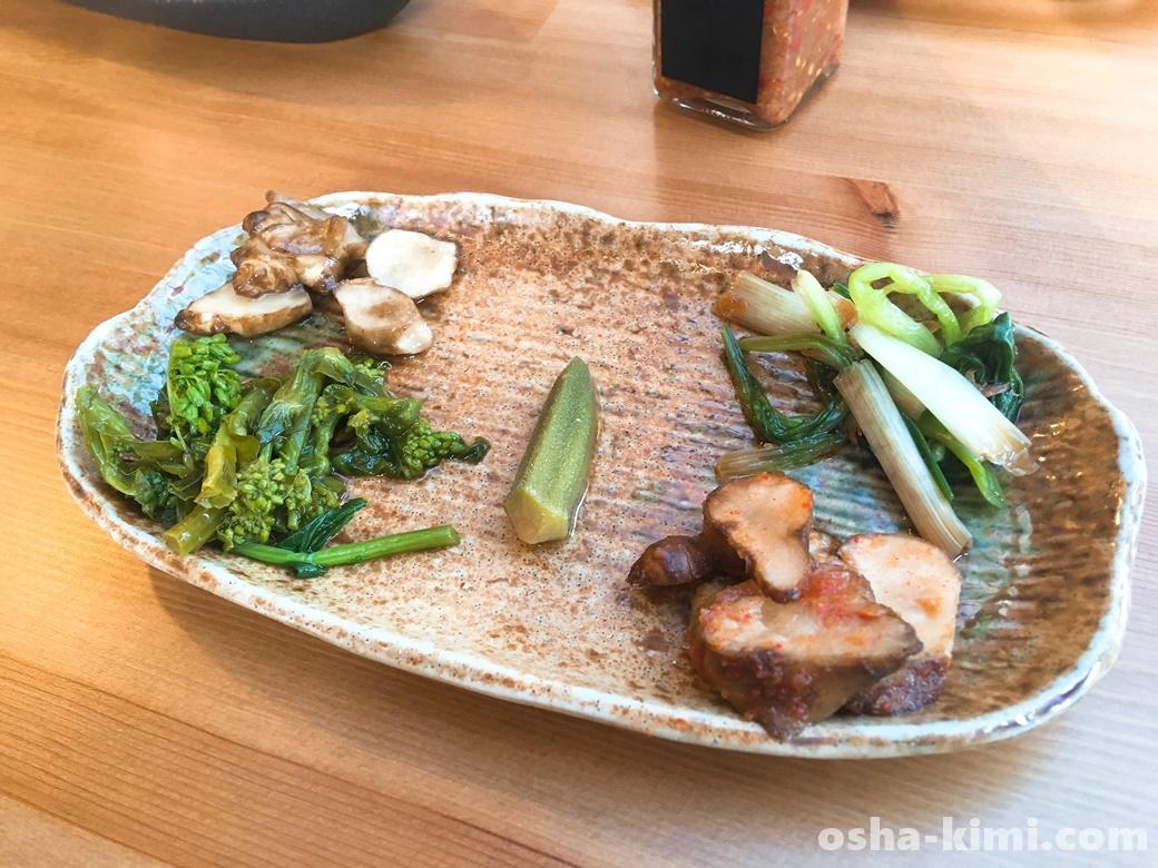 長瀞ランチ山草、前菜の盛り合わせプレート