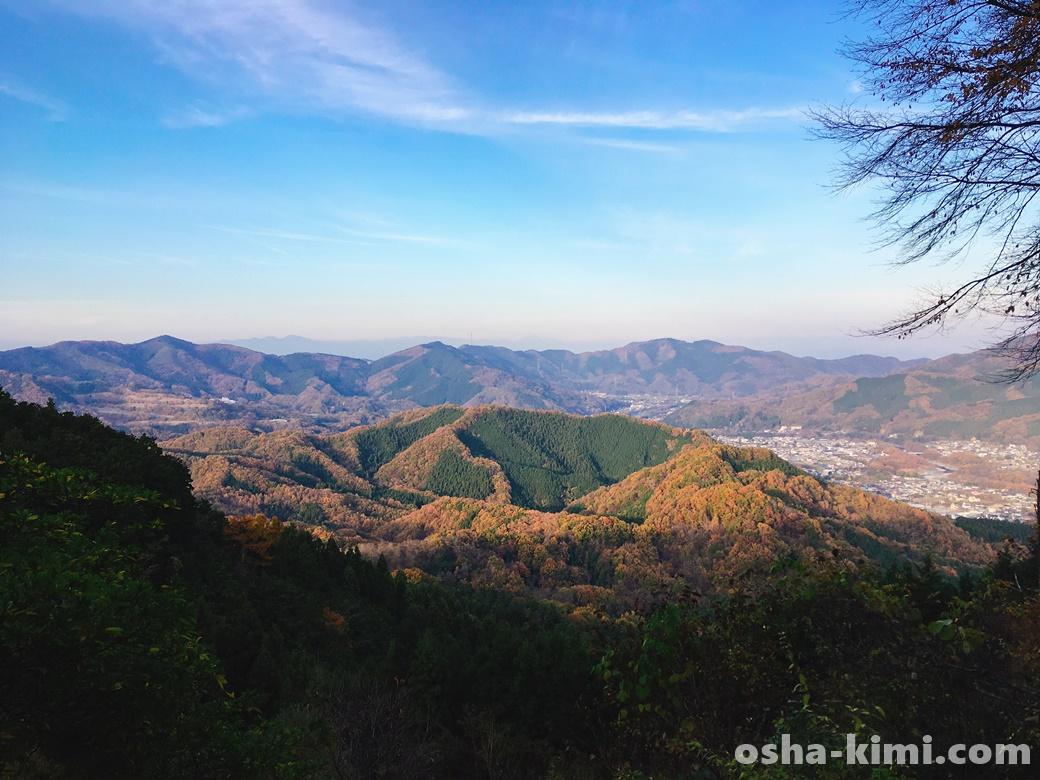 山頂からみた長瀞駅方面の景色