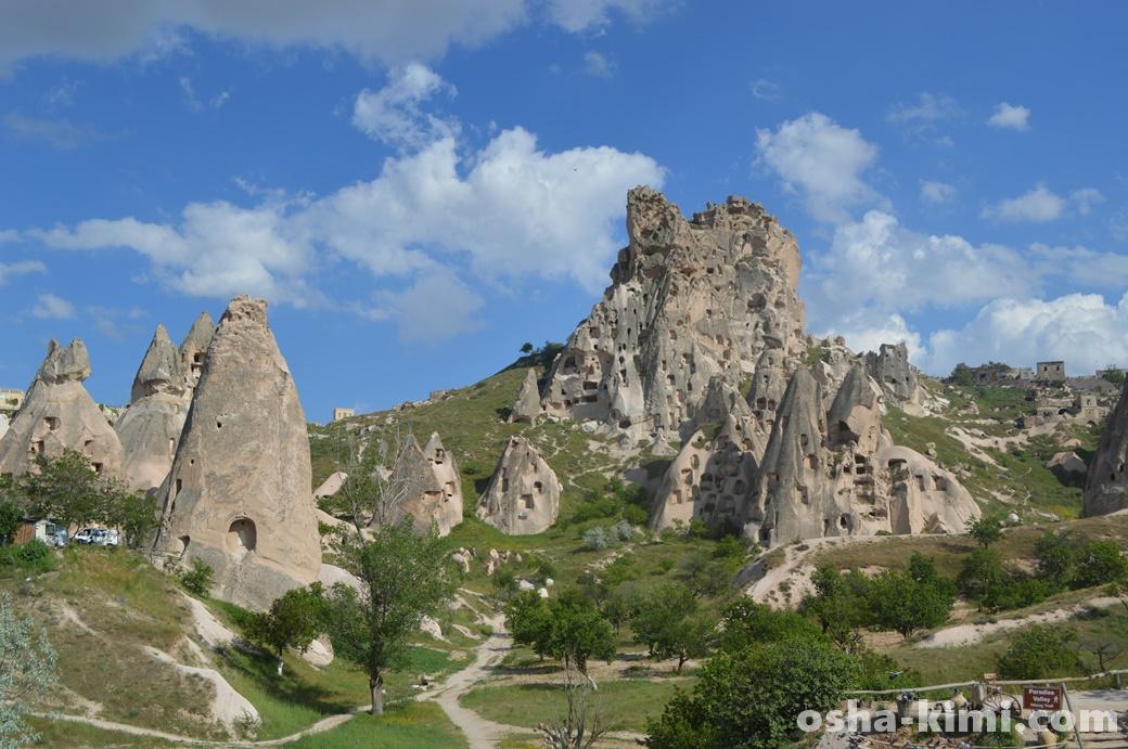 青空とウチヒサル城